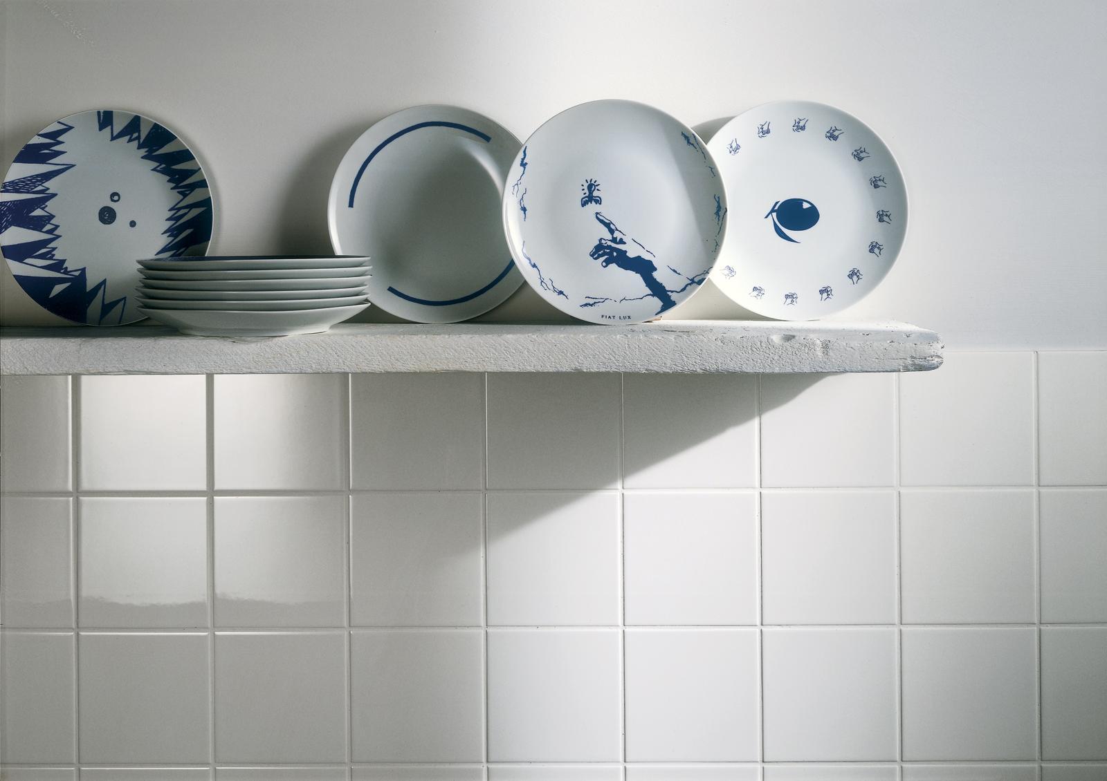 Bianchi piastrelle in ceramica per rivestimenti ragno