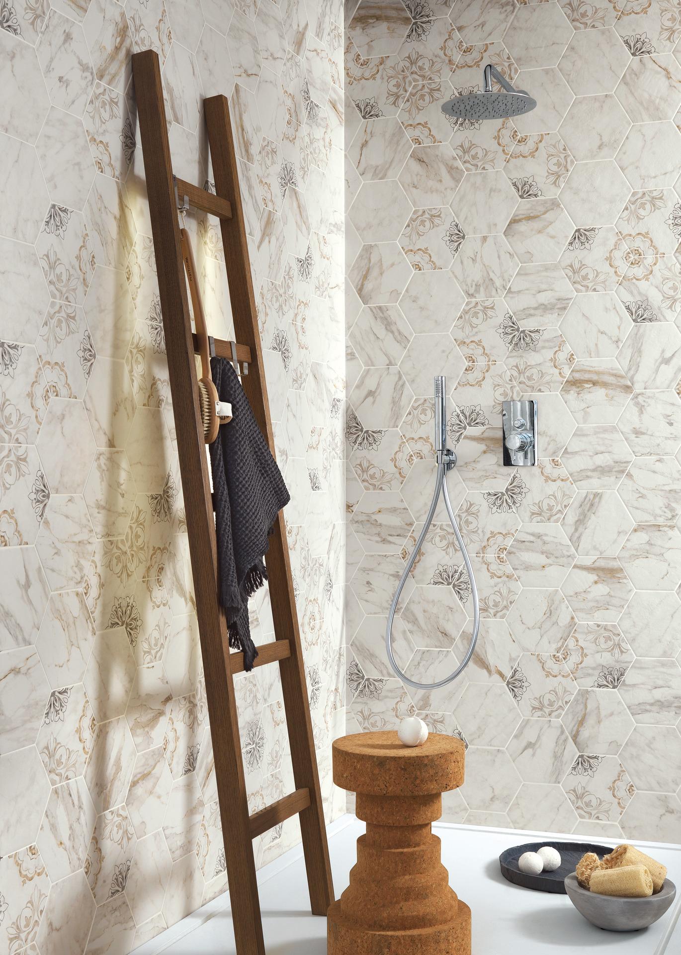 Collezione bistrot gres fine effetto pietra e marmo ragno - Piastrelle esagonali bagno ...