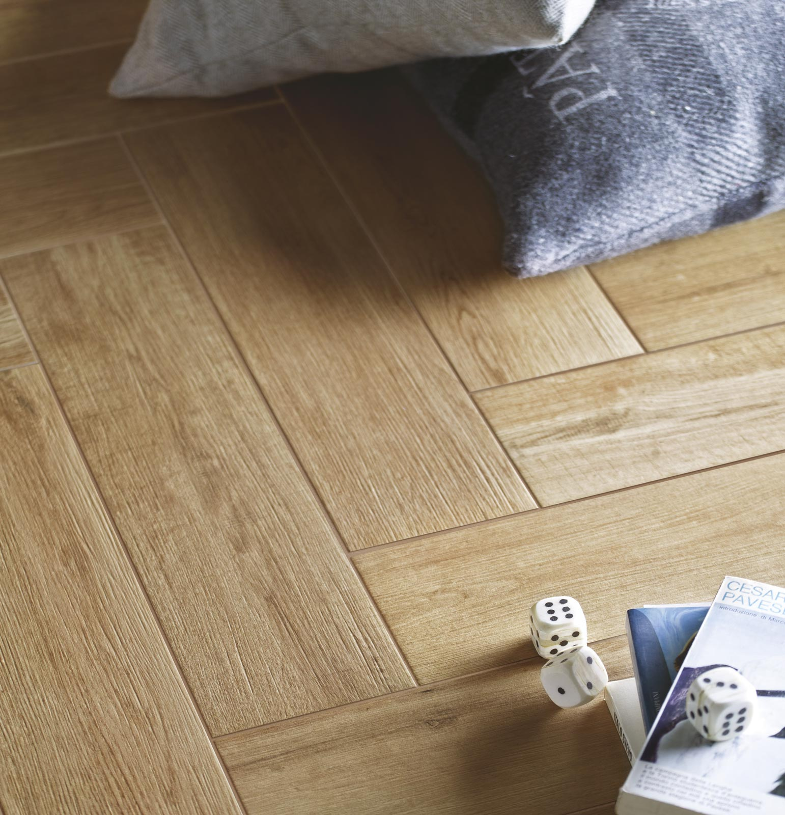 Collezione freetime gres effetto legno per tutta la casa for Piastrelle ceramica finto legno
