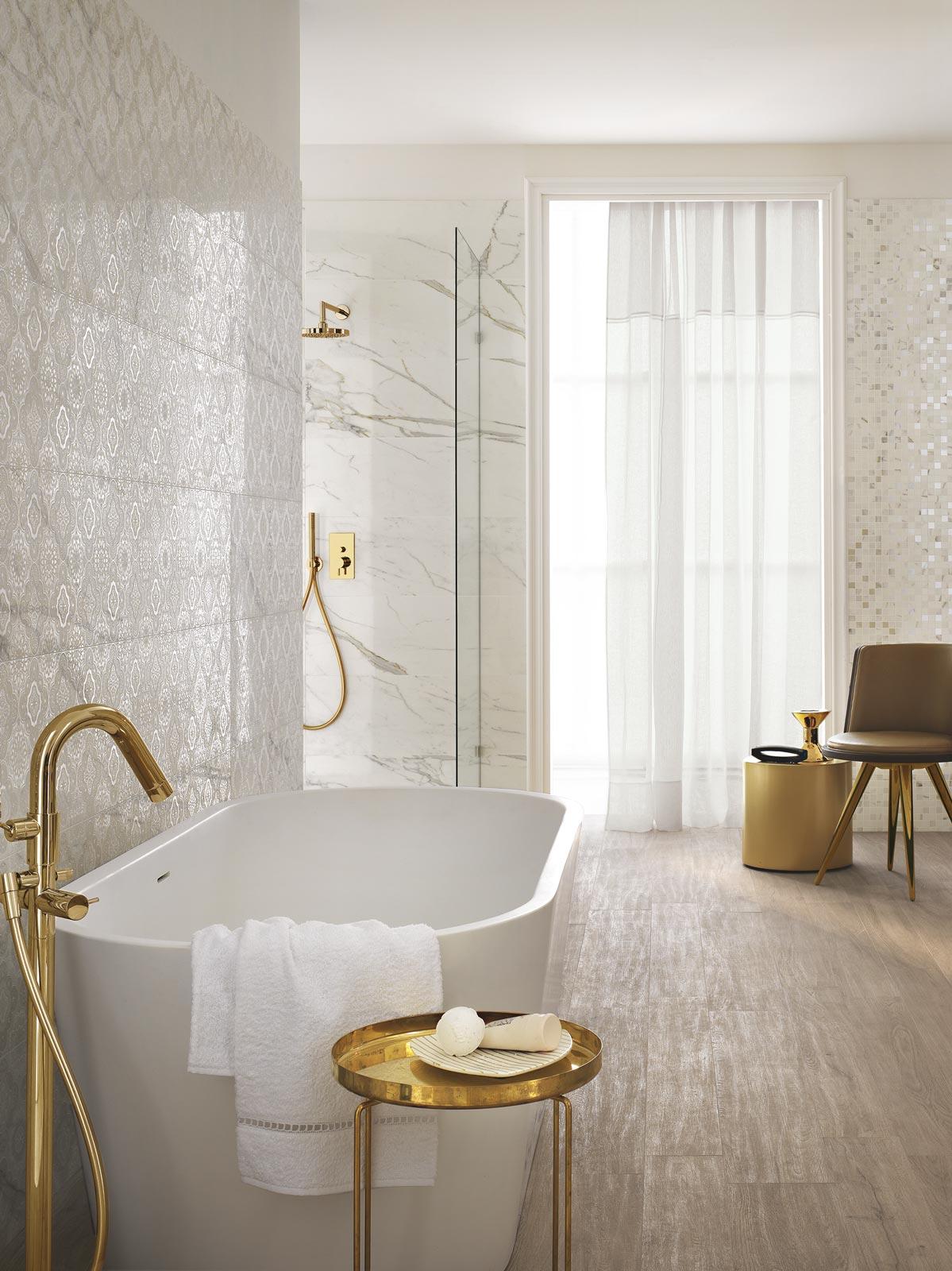 Collezione daylight rivestimenti bagno effetto marmo ragno - Smaltare piastrelle bagno ...