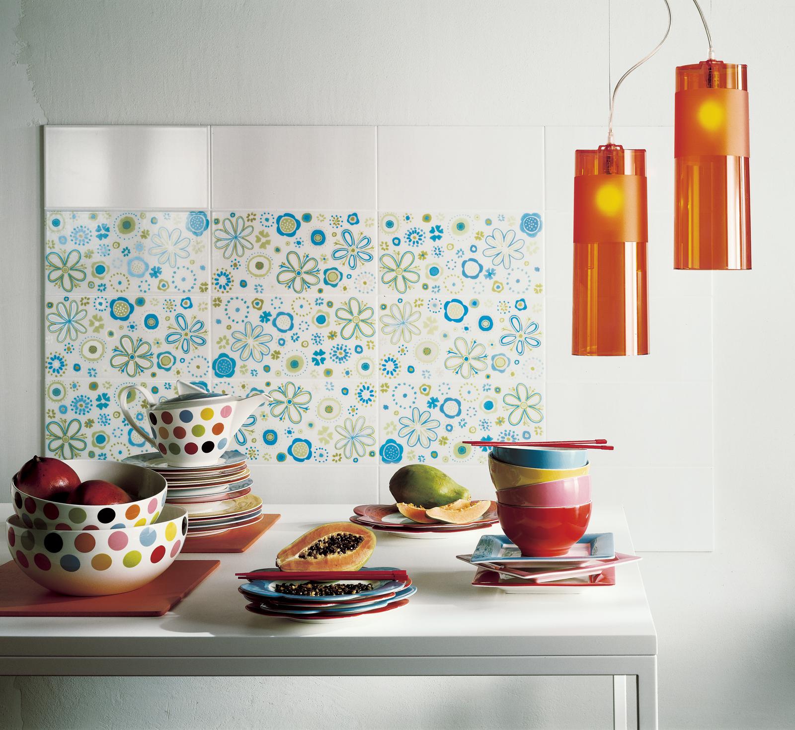 Collezione summer rivestimenti accesi e luminosi ragno - Piastrelle colorate per cucina ...