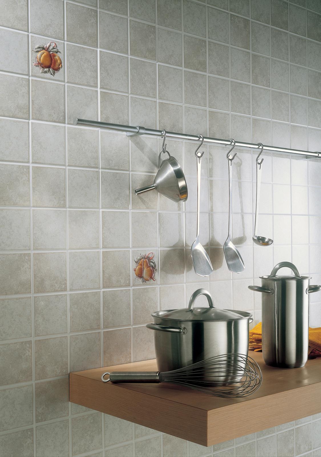 Tisane ragno for Piastrelle cucina bianche e nere